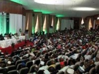 Deadlock in confab over derivation votes