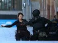 5 people escape from building where hostages being held in Sydney, Australia