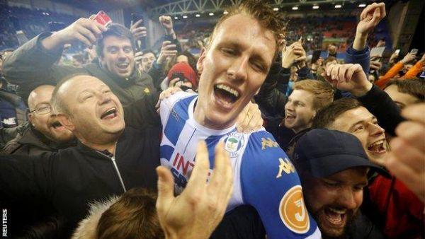 Wigan_celebrates
